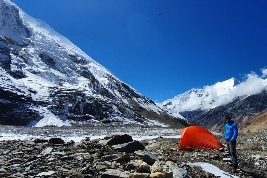 Adventure Annapurna Circuit with Volunteering